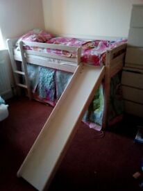 Kid's bed. Interchangeable slide and stairs.
