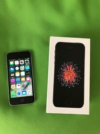 Apple iPhone SE 16GB Space Grey on O2 Boxed.