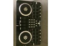 Mixtrack Quad DJ controller