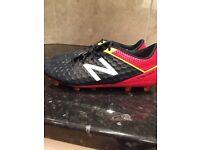 Football Boots - New Balance Visaro