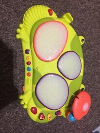 B toy drum