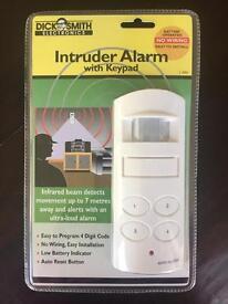 Intruder alarm with keypad - new