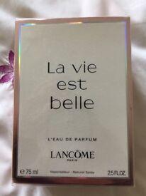 La Vie est belle Parfumerie 75 ml