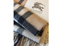 Burberry Cashmere Scarf in Camel