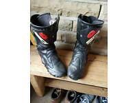 Sidi motorcycle boots 9.5