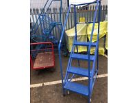 Warehouse steps / ladders