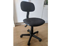Office Chair, Gas Lift, Height Adjustable, Swivel, Black.
