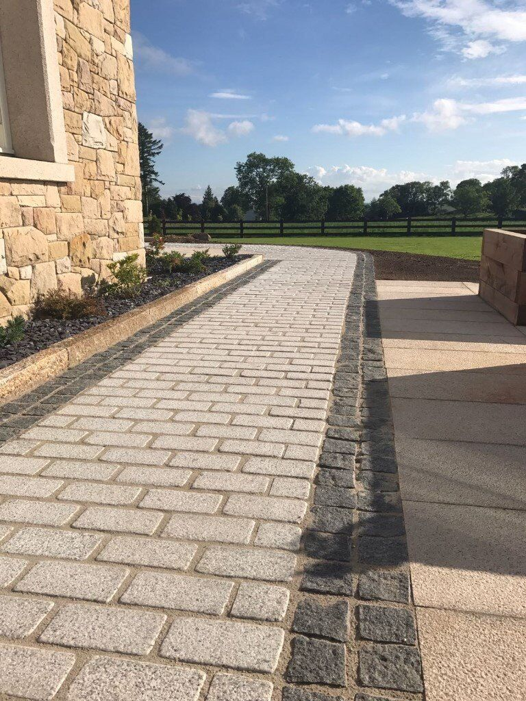 NATURAL GRANITE COBBLES (RANGE OF COLOURS / FINISHES / THICKNESS / SIZES) **GRADE A**