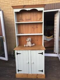 Lovely Welsh dresser reduced