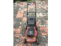 A quality mountfield Briggs & Stratton SP470 petrol 4 stroke lawnmower! £25