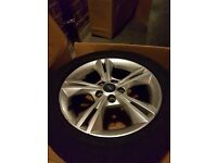 URGENT SALE *4 FORD FOCUS ALLOY WHEELS 16 Inch 5 stud twinspoke design WITH TYRES*