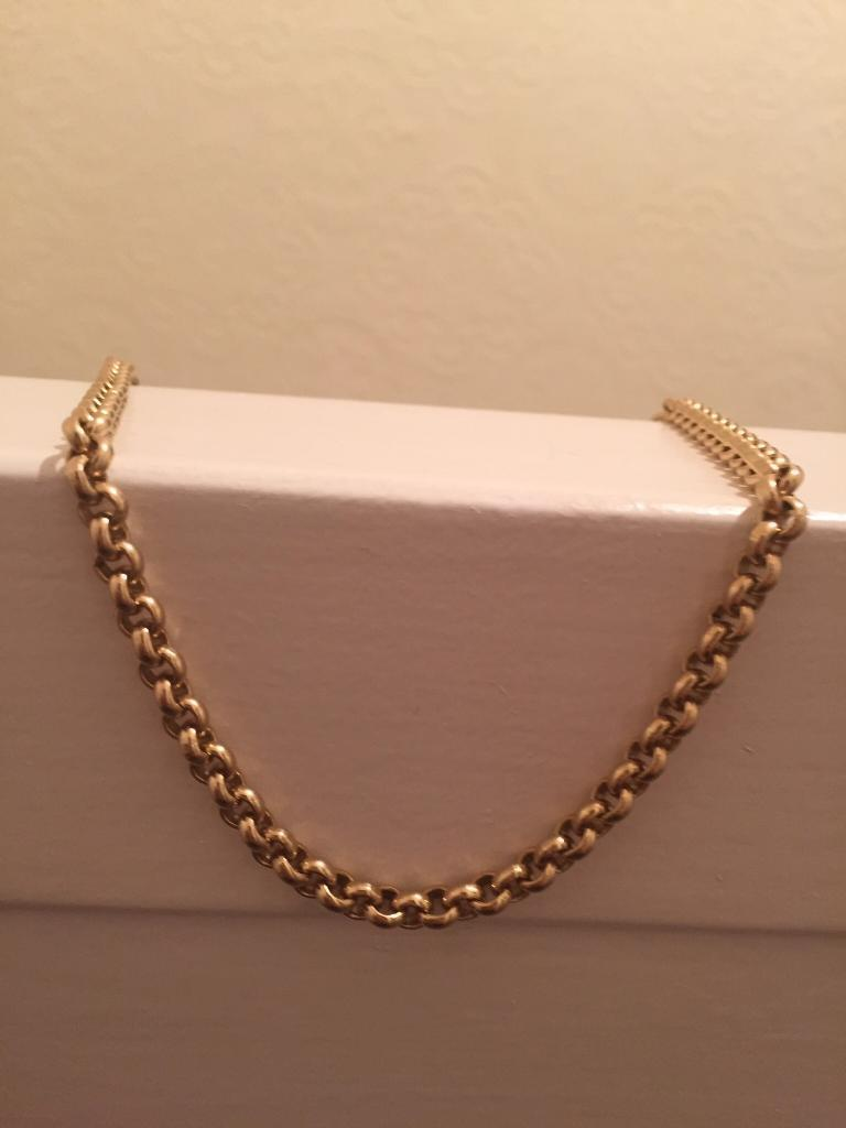 9ct solid gold belcher chain/curb bracelet. Swap px anything considered