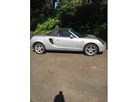 2000 Toyota MR2 silver soft top
