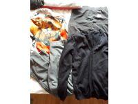 Kids clothes age 9/11-12/13-14.size 2 gym shoes