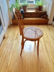 Vintage/Retro/Antique Bentwood chair (Thonet style)