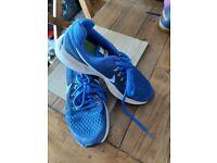 Nike zoom Pegasus 34 blue size 4