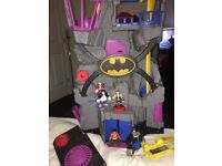 IMAGINEXT SUPER HERO BATMAN BATCAVE MOTORBIKE AND 5 x FIGURES BUNDLE LOT STARTER SET