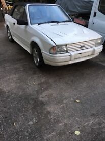 Ford escort 1.6i (xr3) needs little restoration everything here with car good winter project