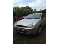 Ford Focus ghia 1.6 4 door saloon good quality car clean inside and out well looked after.