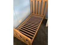 Mamas and papas cot bed exc condition
