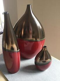 3 Ornamental Vases Red and Gold
