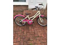 Girls Dawes bike