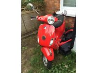 LX125 Vespa/Piaggio - Lovely scooter - long MOT - low mileage - 1 careful lady owner from new