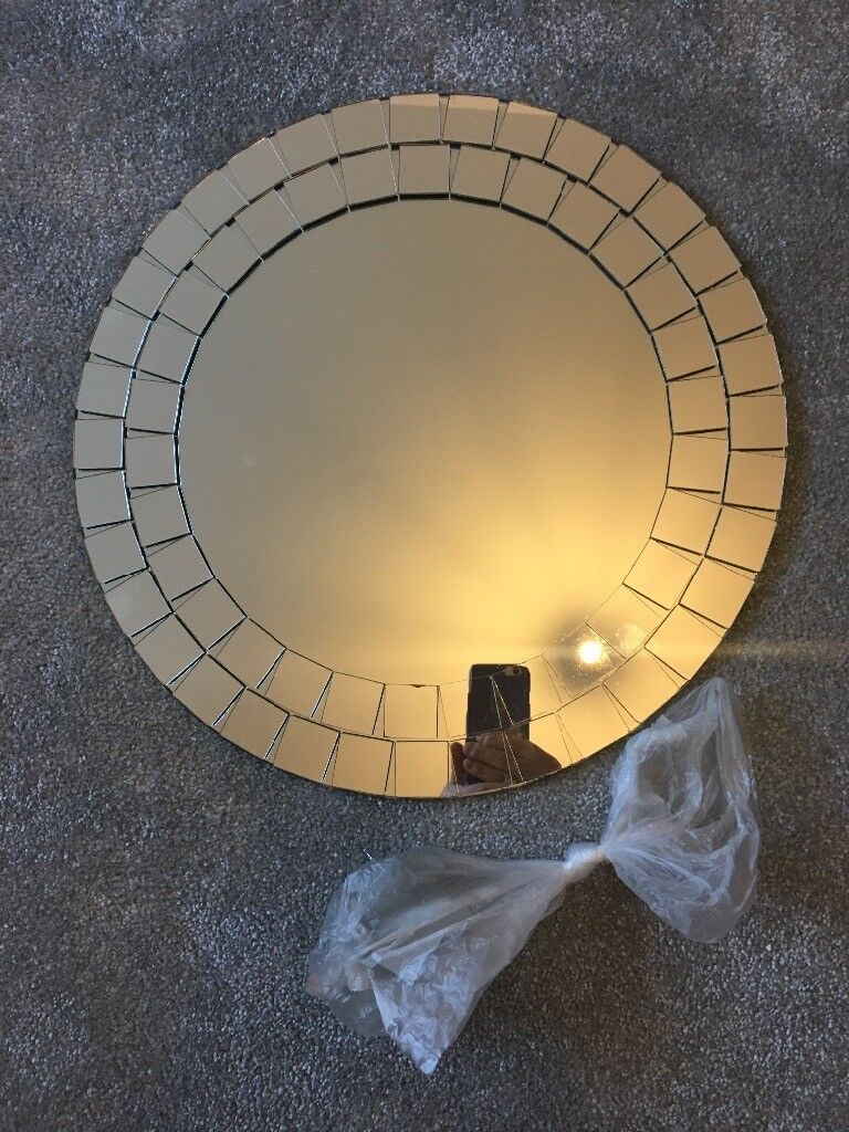 Mosaic round bathroom mirror with fixings