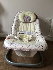 Mamas and Papas Vibrating and Musical Bounce Chair