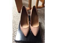Nude heels - new