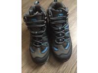 Boys Campri walking boots UK size 3