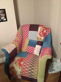 DFS 'Shout' chair
