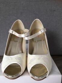 Wedding shoes. Rainbow club 'Nina' size 5.5