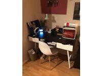 Office desk (hone) like new