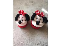 Disney Minnie Mouse Stompeez slippers 7-9