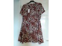 Siz 20 Ladies Dress Brand New