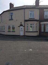 4 bedroom house in Peterborough Street, M18