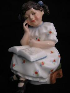 "ROYAL DOULTON ""STORYTIME"" FIGURINE MADE IN ENGLAND"