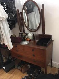 Vintage dresser chest of drawers