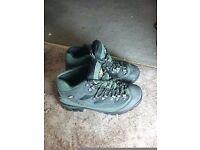 Women's Cotton Trader Cam-Tex walking boots size 5 - hardly worn