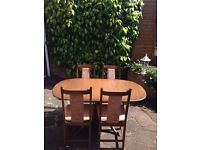 Ercol Extending Dining Table & 4 Chairs
