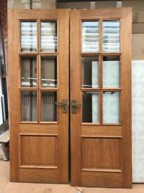 2 solid oak wooden internal doors