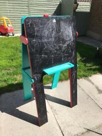 Kids art easel