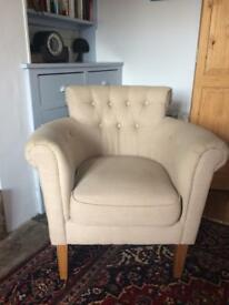 Tub chair 2 years old neat & clean