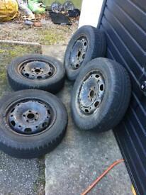 4x winter tyres on steel rims 175/65 r14