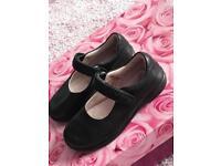 Lelli Kelli black leather school shoes 25f £5