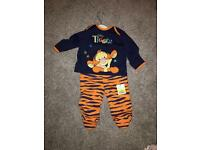 Baby outfit 3-6 months never worn