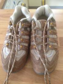 HITEC Walking Shoes Size 4