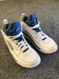 Jordan Air Flight 9 UK size 7 trainers