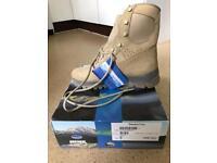 Meindl boots men size 10